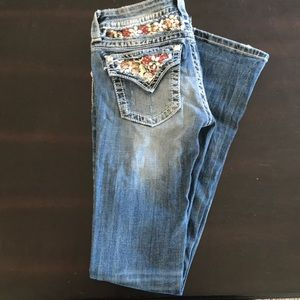 Light wash miss me jeans bootcut
